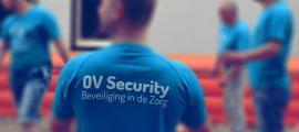 Sfeerbeeld kledingdrukwerk , sport kleding OV Security tijdens beachvolleybal Geldrop